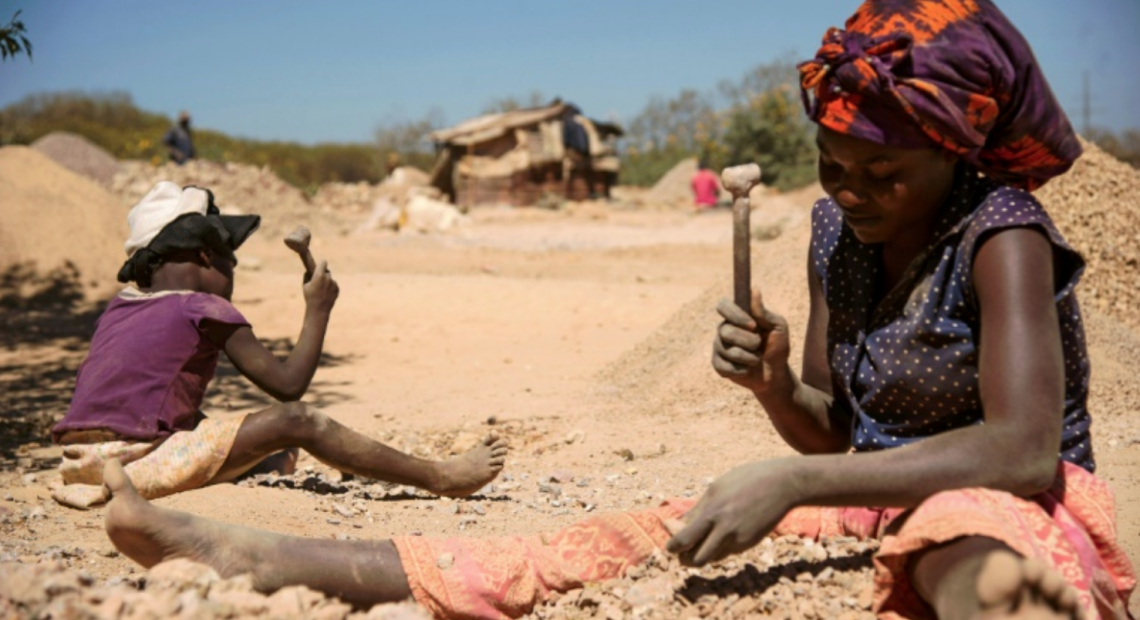 Chinese firm probes if children work in African mines